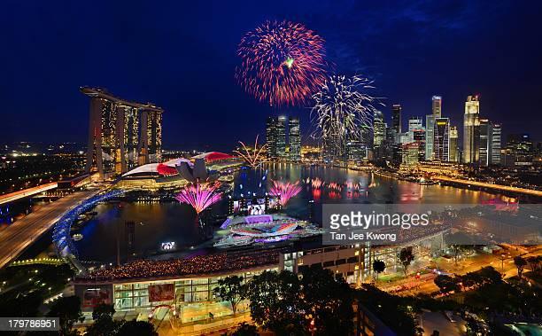 Fireworks spectacle celebrating Singapore's 48 birthday @Marina Bay , Singapore.