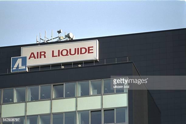 Firmenzeichen an der Zentrale der deutschen Air Liquide GmbH Produzent von technischen Gasen in der HansGüntherSohlStraße in Düsseldorf Firmensignet...