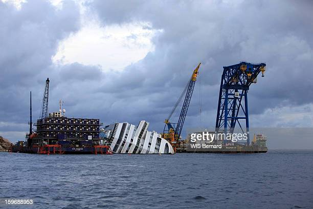 First anniversary of the sinking of the cruise ship Costa Concordia in Italy off the island of Giglio (32 victims) , the wreck in January 13, 2013.