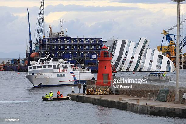 First anniversary of the sinking of the cruise ship Costa Concordia in Italy off the island of Giglio (32 victims) the wreck on January 13, 2013.
