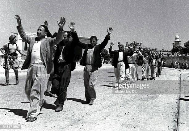 First arabisraeli war 19481949 Palestinian arabs of Ramle surrender to the israeli army 03oct1948