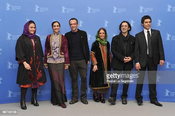 First assistant camera Marjam Takhtkeshian actress Mitra Hajjar director Rafi Pitts producer Thanassis Karathanos production designer Malekjahan...
