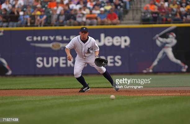 First Baseman Chris Shelton of the Detroit Tigers prepares to field a ground ball on June 27 2006 as the Detroit Tigers defeat the Houston Astros 40...