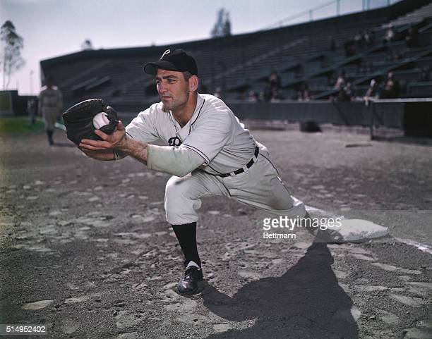 First baseman Eddie Stevens of Pittsburgh Pirates.