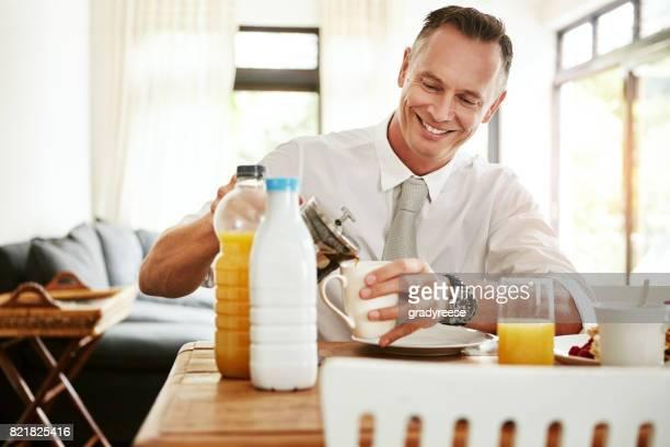 Erstes Frühstück, dann auf einige Geschäfte