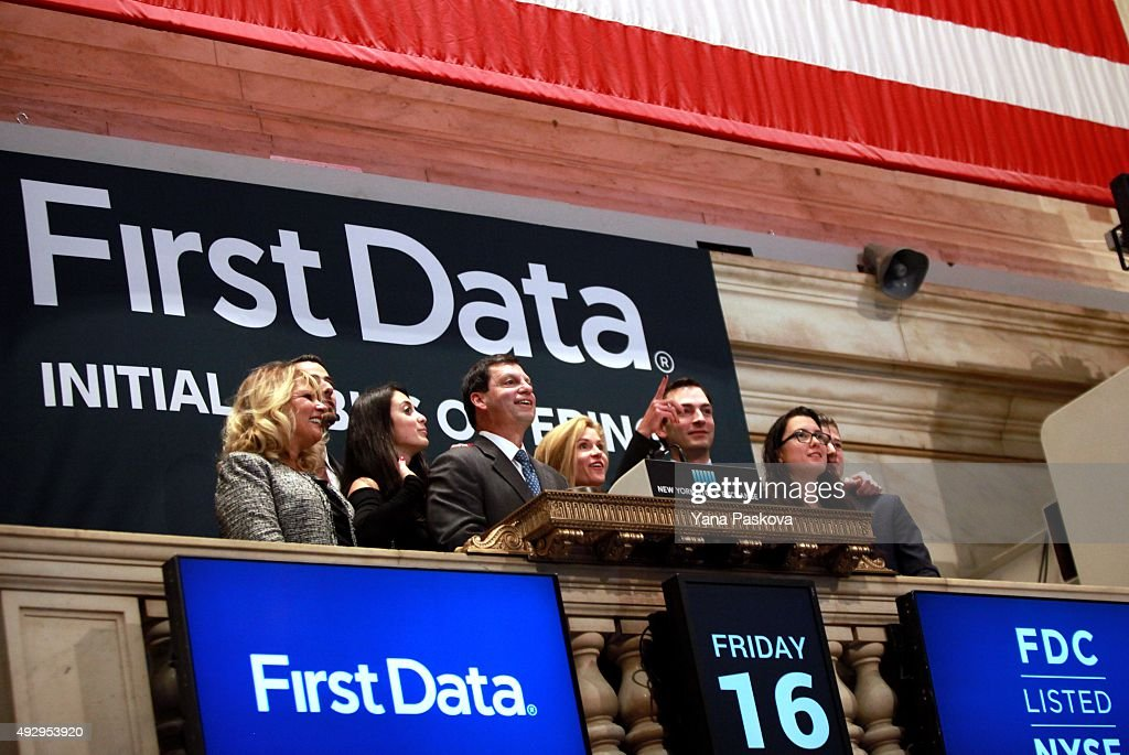 first data ipo First Data Corp CEO Rings NYSE Opening Bell To Mark IPO Photos and ...