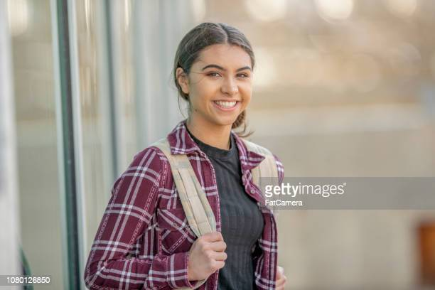 first day of college - 18 19 years stock pictures, royalty-free photos & images