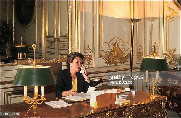 First Day Of Edith Cresson At Matignon Palace On May 16th 1991 In Paris France At Matignon