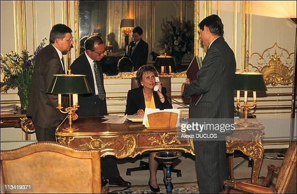 First Day Of Edith Cresson At Matignon Palace On May 16th 1991 In Paris France With Her Assistants