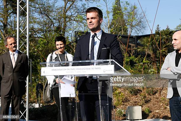 First deputy of mayor of Paris Bruno Julliard presents the Private visit of the Zoological Park of Paris due to reopen on April 12 On April 9 2014 in...