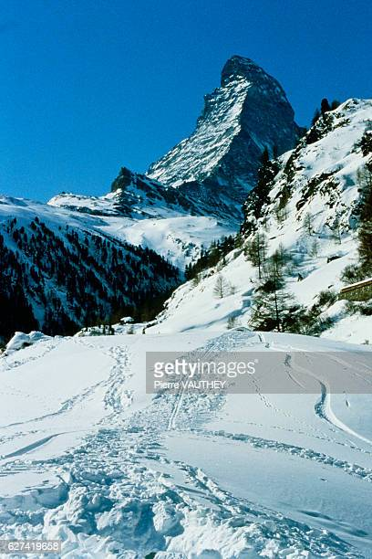 First descent on skis of the North face of Mount Cervin by Swiss alpinist Andre Anzevui