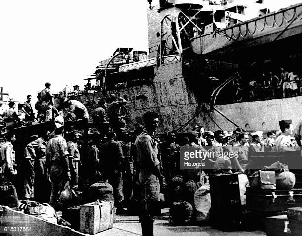 First Indochina War 194555 Return of the Indochinese Expeditionary Force at Saigon October 1945 Soldiers embarking on the 'Princess Beatrice'