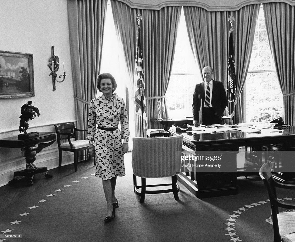 west wing oval office. First Lady Betty Ford And President Gerald R. Stand In The Oval Office West Wing