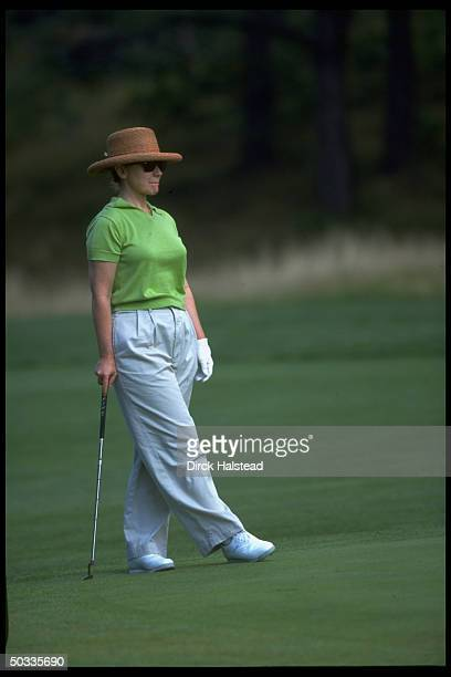 First Lady Hillary Rodham Clinton playing golf during family vacation