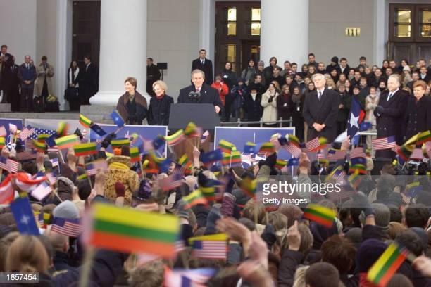 First lady Laura Bush US President George W Bush Lithuanian President's wife Alma Adamkiene Lithuanian President Valdas Adamkus Estonia's President...
