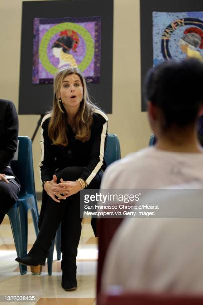 First Lady Maria Shriver talks with a group of girls incarcerated at the Alameda County Juvenile Justice Center about the Minerva Quilts in San...