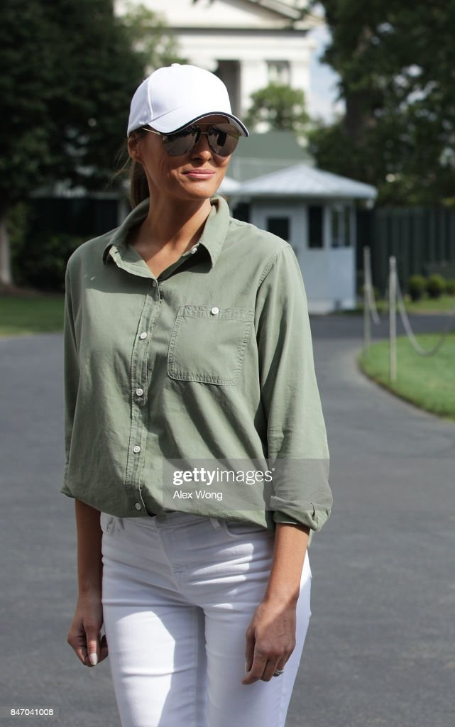 U.S. first lady Melania Trump, after she returned to the White House from Florida September 14, 2017 in Washington, DC. President Trump has returned from viewing the relief efforts in the wake of Hurricane Irma.