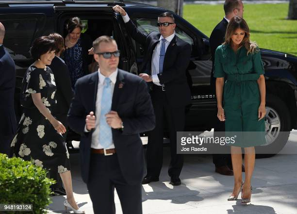 S first lady Melania Trump and Japan's first lady Akie Abe arrive for a tour of the Flagler museum on April 18 2018 in Palm Beach Florida The first...