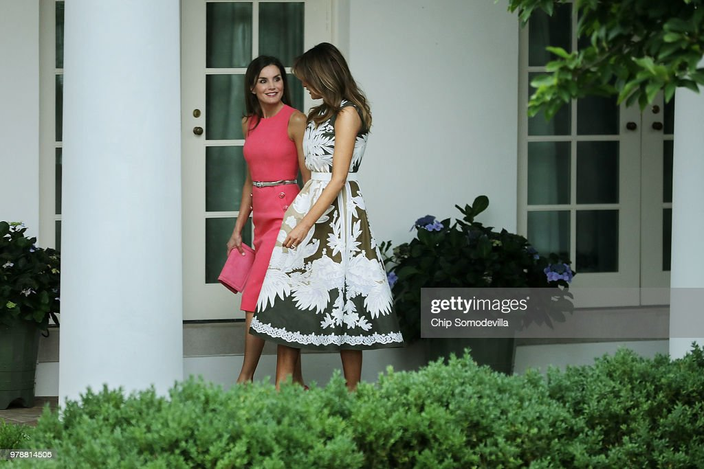 President Trump Hosts Spain's King Felipe And Queen Letizia At The White House : Nachrichtenfoto