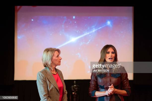 US First Lady Melania Trump and US Secretary of Education Betsy DeVos welcome thirty local sixthgrade students to the White House in Washington DC on...