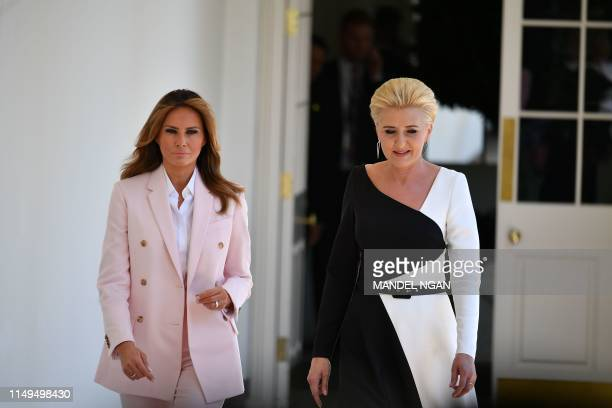 US First Lady Melania Trump and wife of Poland's President Duda Agata KornhauserDuda walk through the Colonnade for a joint press conference in the...