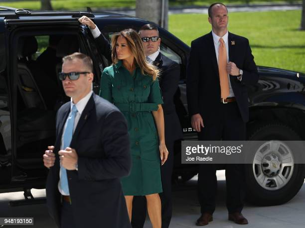 S first lady Melania Trump arrives for a visit to the Flagler museum with Japan's first lady Akie Abe on April 18 2018 in Palm Beach Florida The...