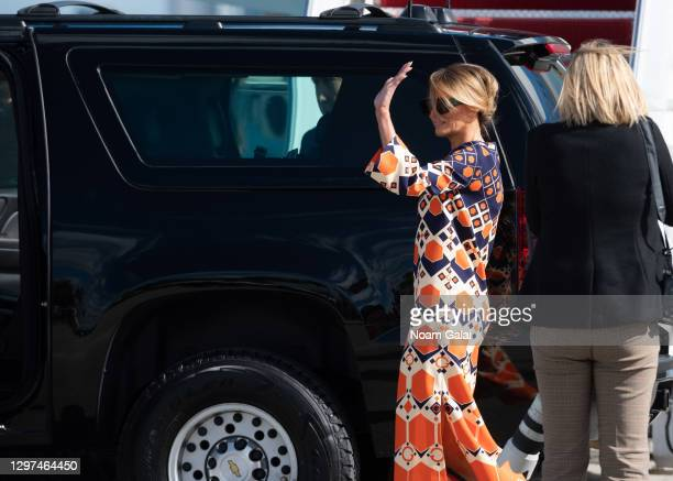 First Lady Melania Trump exits Air Force One at the Palm Beach International Airport on the way to the Mar-a-Lago resort on January 20, 2020 in West...