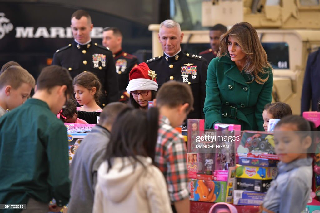 Melania Trump Helps Box Toys For Marine Corps Toys For Tots Campaign