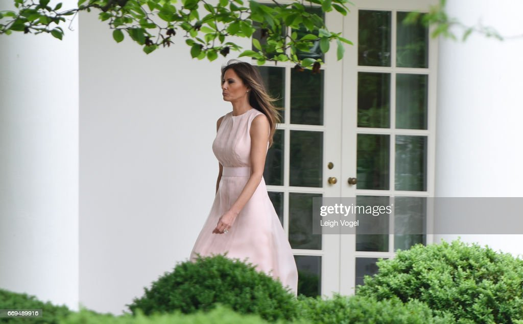 First Lady Melania Trump walks toward the Oval Office during the 139th White House Easter Egg Roll at The White House on April 17, 2017 in Washington, DC. (Photo by Leigh Vogel/WireImage))