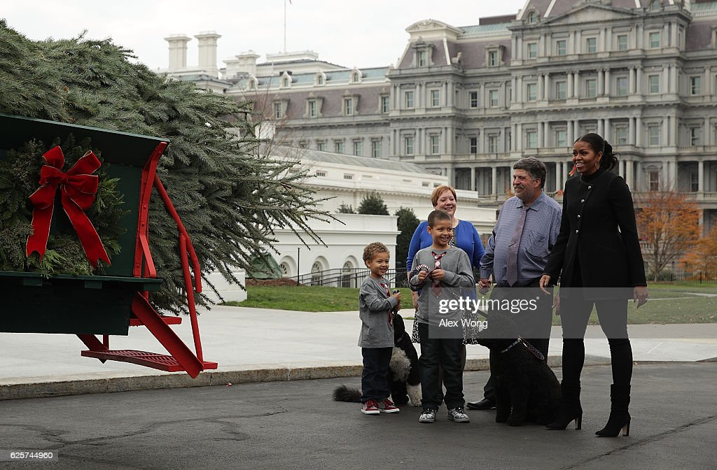 Michelle Obama Welcomes Official Christmas Tree To White House : News Photo