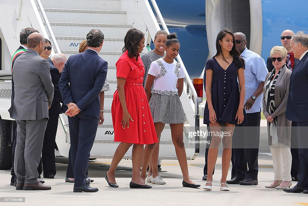 First Lady Michelle Obama Arrives In Venice : News Photo