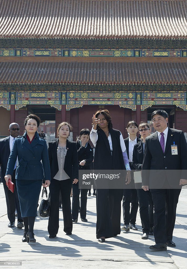 First Lady Michelle Obama Travels to China - Day 2 : Fotografia de notícias