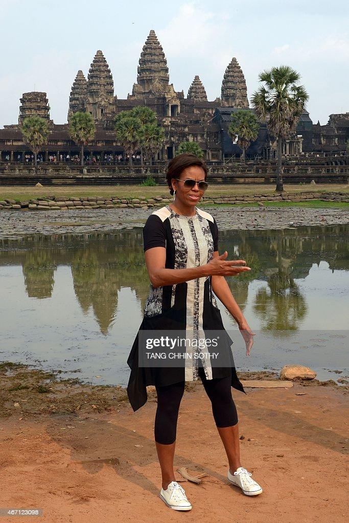 CAMBODIA-US-DIPLOMACY-EDUCATION-WOMEN-OBAMA : News Photo