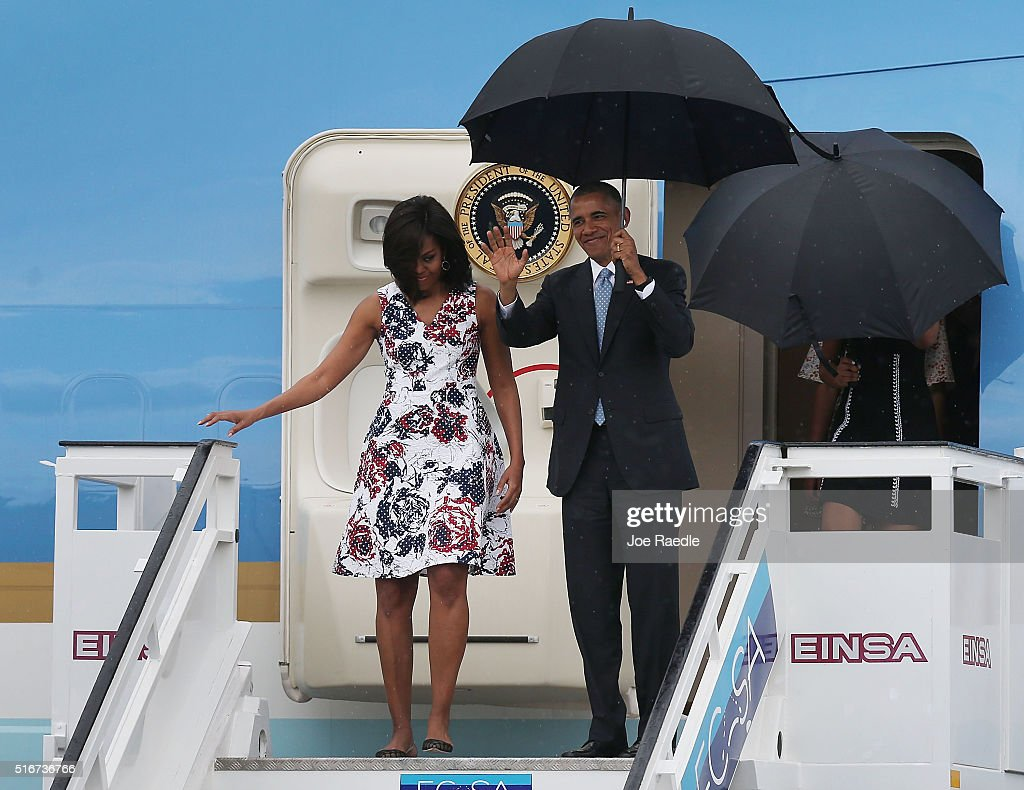President Obama Arrives In Cuba For Historic Visit To Island : News Photo