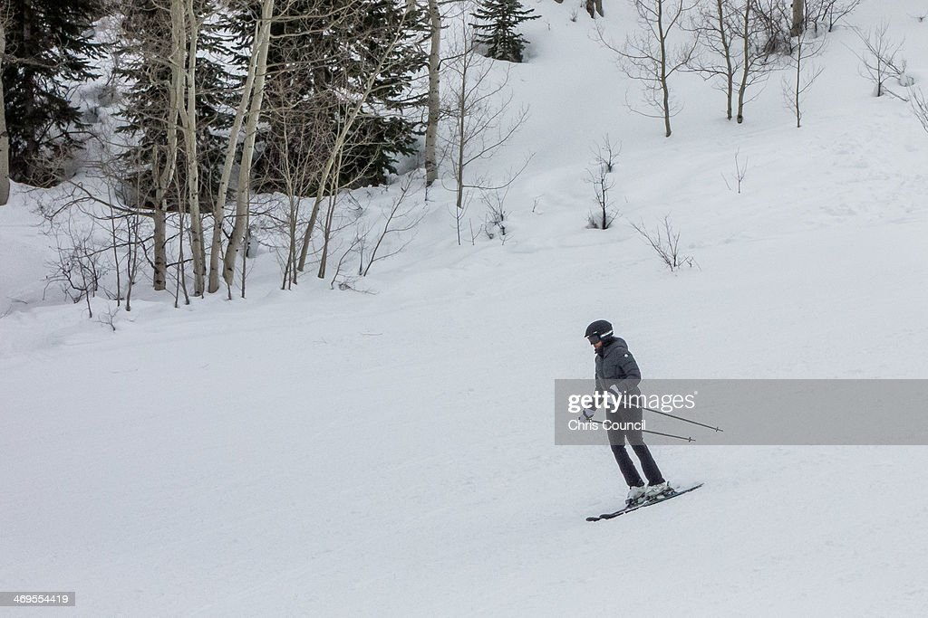 U.S. first lady Michelle Obama skis at Buttermilk Mountain on February 15, 2014 in Aspen, Colorado. This is the third year in a row that Obama has vacationed in Aspen over the long President's Day weekend.