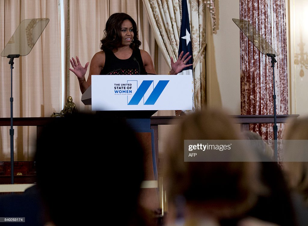 US First lady Michelle Obama speaks during a dinner to celebrate The White House Summit on the United State of Women at Department of State in Washington, DC on June 14, 2016. / AFP / Jose Luis Magana