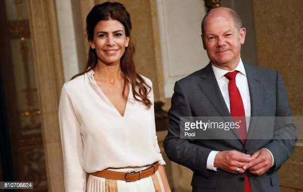 First Mayor of Hamburg Olaf Scholz welcomes Juliana Awada wife of President of Argentina Mauricio Macri during the partner program of G20 summit at...