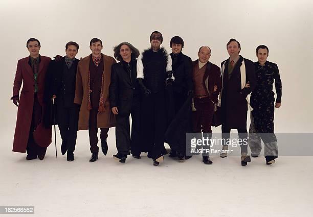 First Men'S Couture Collection Of Jean Paul Gaultier Presented By Journalists From Paris Match En France à Paris le 29 février 1996 première...