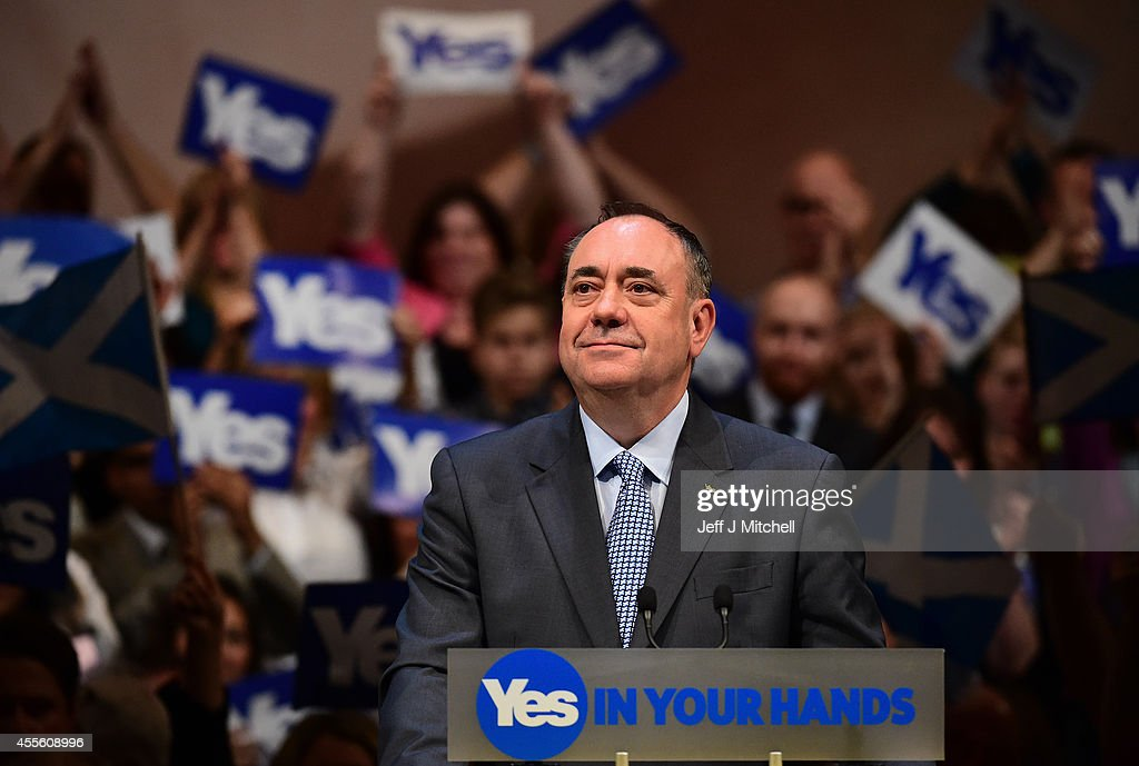 First Minister Alex Salmond addresses supporters at a rally on September 17, 2014 in Perth, Scotland. The referendum debate has entered its final day of campaigning as the Scottish people prepare to go to the polls tomorrow to decide whether or not Scotland should have independence and break away from the United Kingdom.