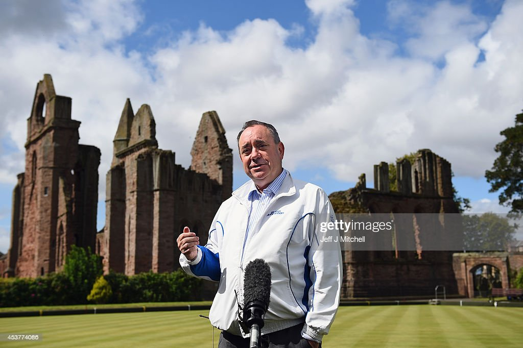 Month To Go To The Scottish Referendum : News Photo