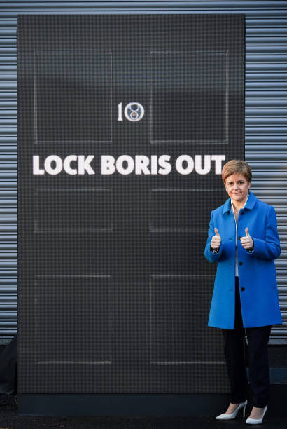GBR: Sturgeon Stumps For SNP Candidates In Lanarkshire