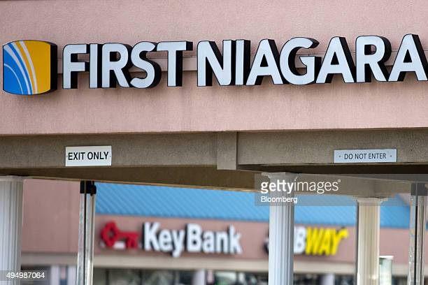 A First Niagara Financial Group Inc branch foreground stands near a KeyBank location in Rochester New York US on Friday Oct 30 2015 KeyCorp Ohio's...