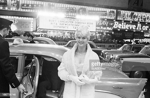 First Of The Film 'Certains L'Aiment Chaud' In New York. Etats-Unis, New-York, 2 avril 1959, Première du film 'certains l'aiment chaud' à Broadway,...