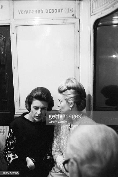 First Of The Film 'Cleopatre' In The Presence Of Grace And Rainier Of Monaco France Paris 25 octobre 1963 Lors de la première du film américain...