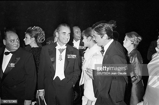 First Of The Film 'paris Brule T'il ' By Rene Clement In Paris Paris 25 octobre 1966 Au Palais de Chaillot lors de la première du film 'Paris...
