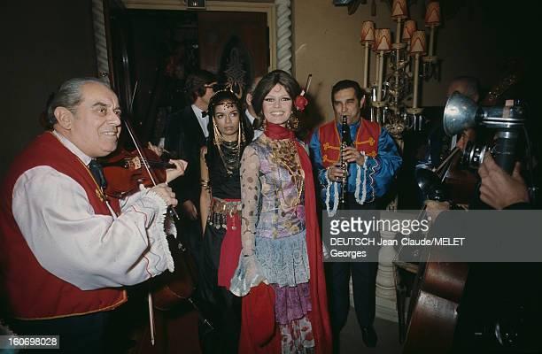 First Of The Revue 'grand Prix' At The Cabaret Le Lido. Paris - 10 décembre 1969 - A l'occasion de la première de la revue 'Grand Prix' au Lido,...