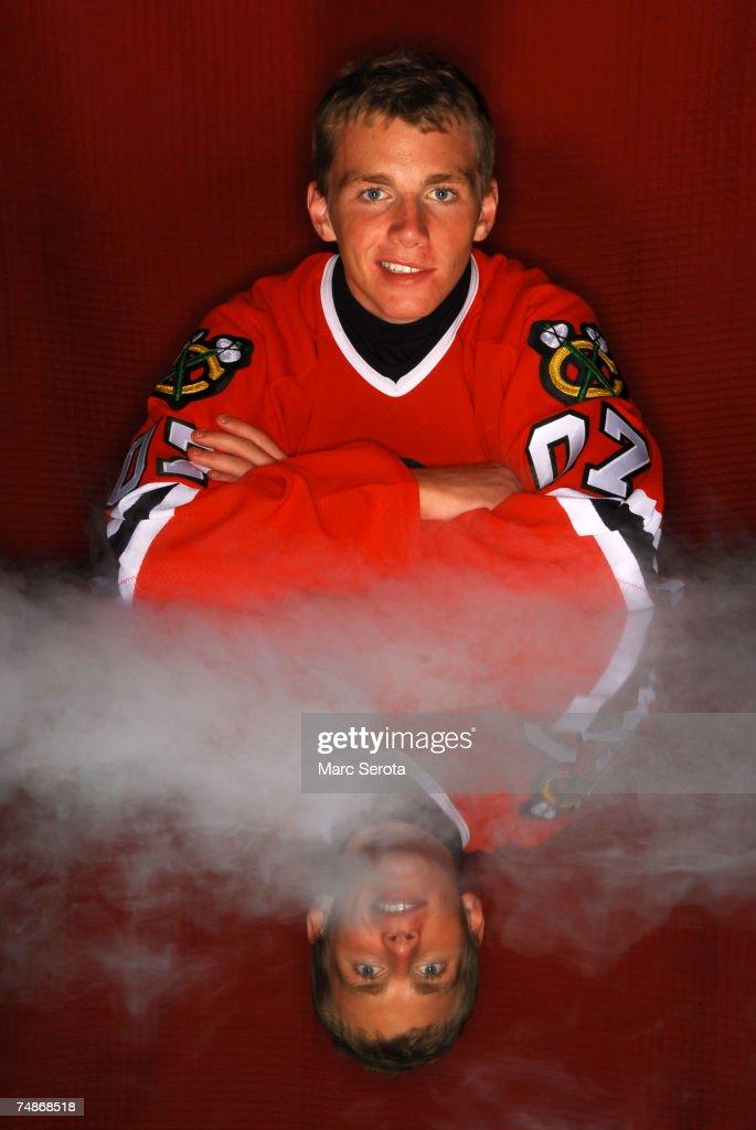 2007 NHL Entry Draft Portraits : News Photo