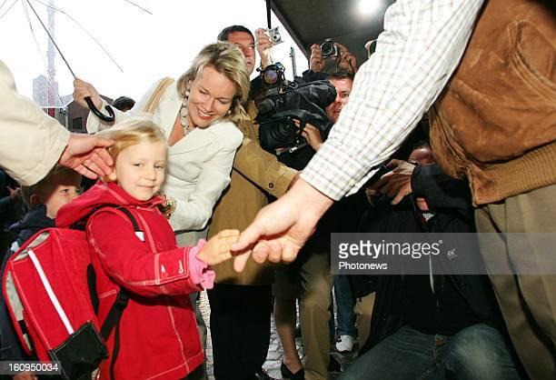 First schoolday for Princess Elisabeth of Belgium on September 3 2007 in Brussels Belgium