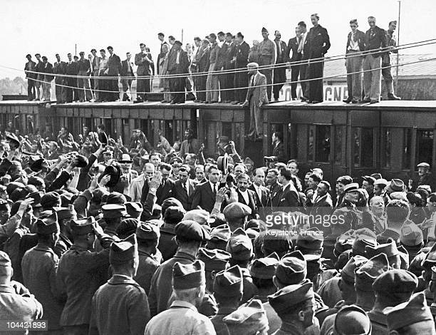 First Train Of Prisoners Back From Germany Welcomed By Pierre Laval In Compiegne'S Station In 1942