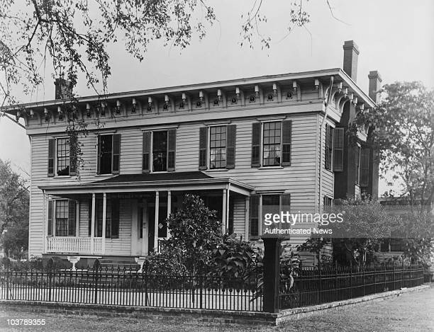First White House of the Confederacy in Montgomery Alabama USA circa 1930 The property was the home of Confederate States President Jefferson Davis...